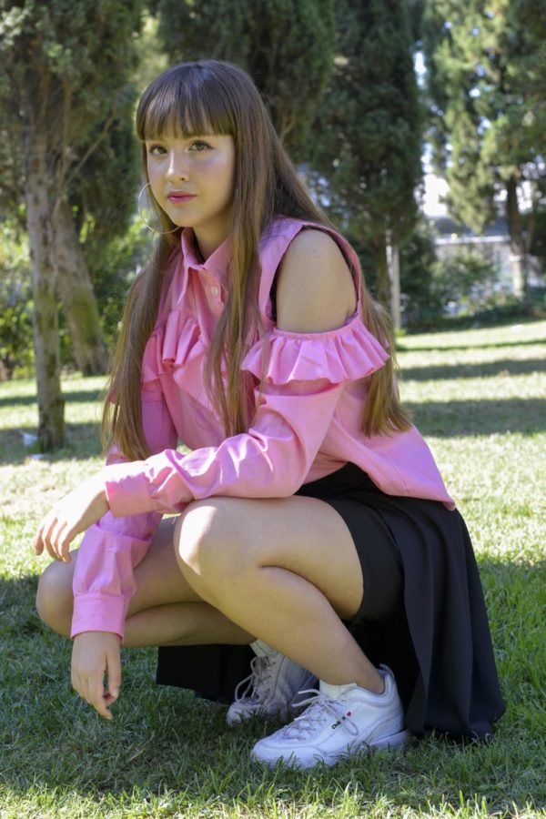 'Adios' Frilly tailor shirt in Pink detail 2