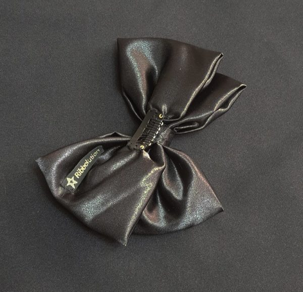 Ribbolutton Official Bow in Black detail