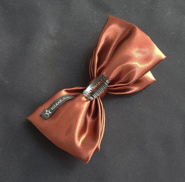 Ribbolutton Official Bow in Chocolate Brown detail