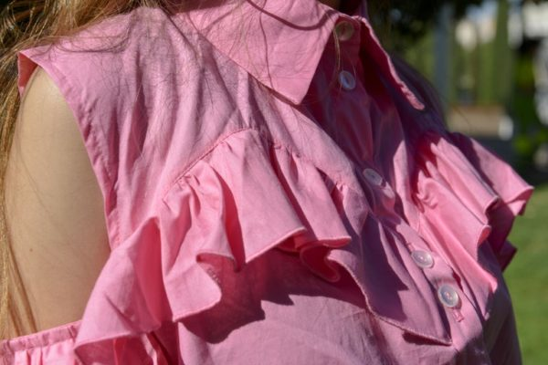 'Adios' Frilly tailor shirt in Pink detail 3
