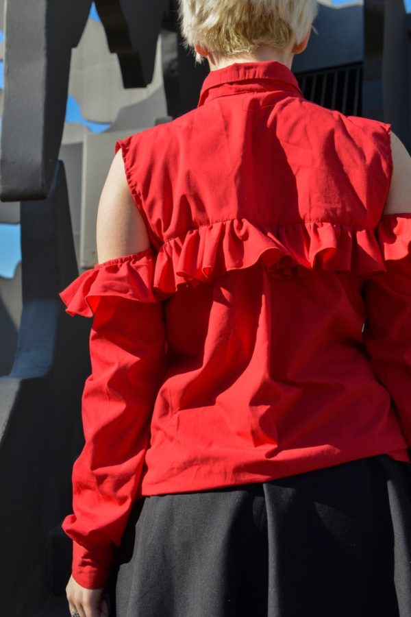 'Adios' Frilly tailor shirt in Red detail 4