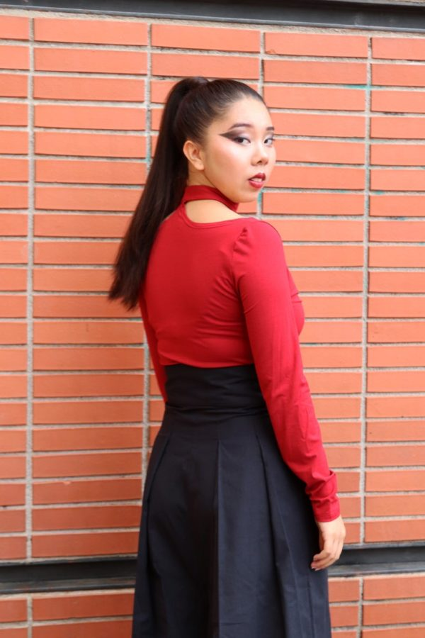 Bowie Choker Top in Red detail 1