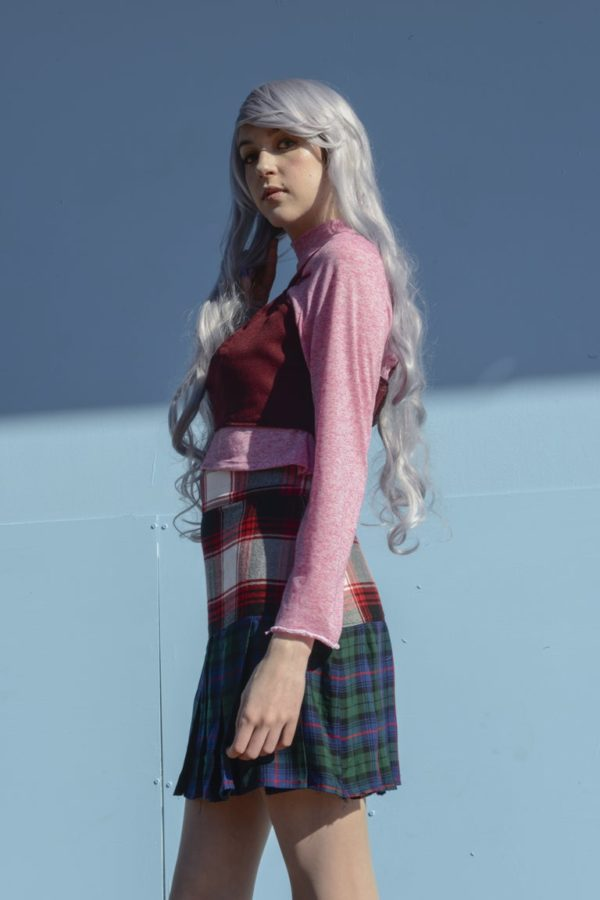 Glitchin Over Pink light sweatshirt and red top Set detail 1