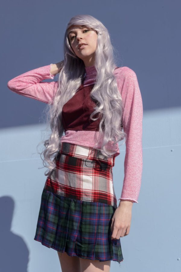 Glitchin Over Pink light sweatshirt and red top Set detail 2