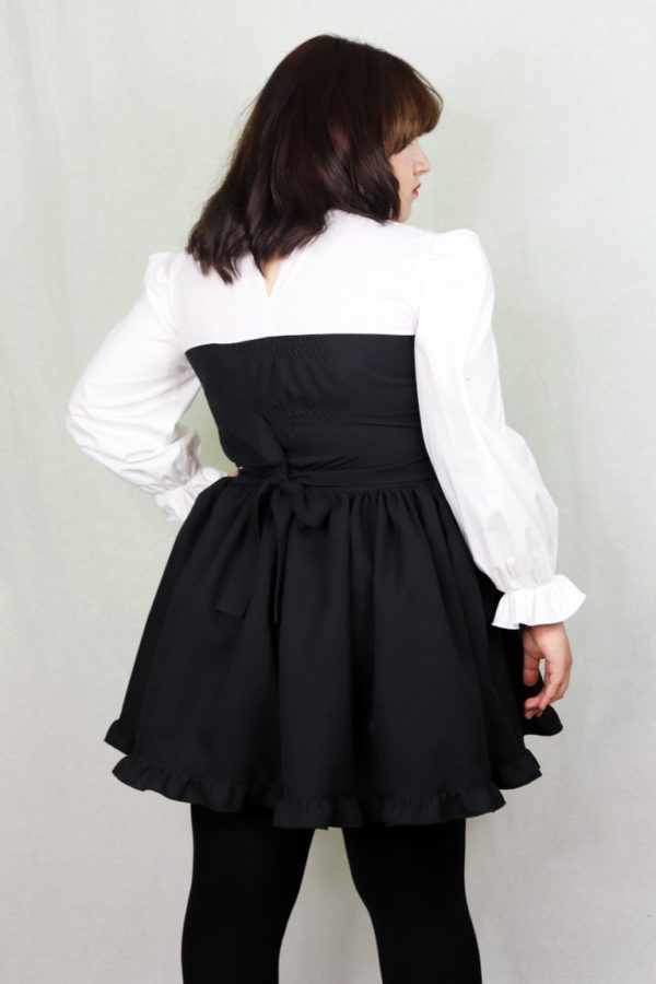 Imadoki Urban Lolita dress in black detail 2