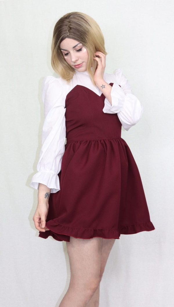 Imadoki Urban Lolita dress in burgundy detail 2