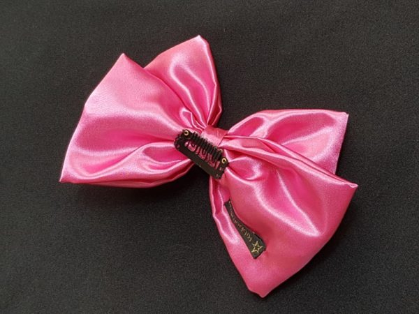 Ribbolutton Official Bow in Light Pink detail