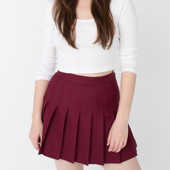 Burgundy red basic tennis skirt cover